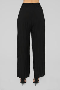 Pleating His Case Pants - Black