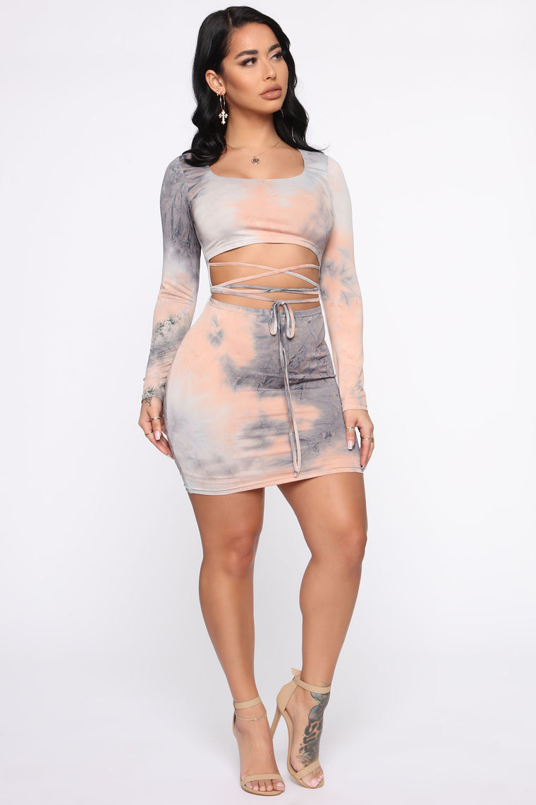 Not Here To Blend In Mini Dress - Peach/combo