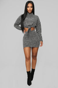 Cozy And Cute Sweater Set - Black/White