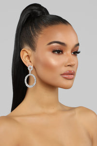 Keep It In The Circle Earrings - Silver Angle 1