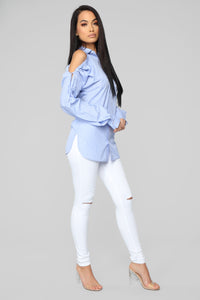 Alluring You Top - Blue/White