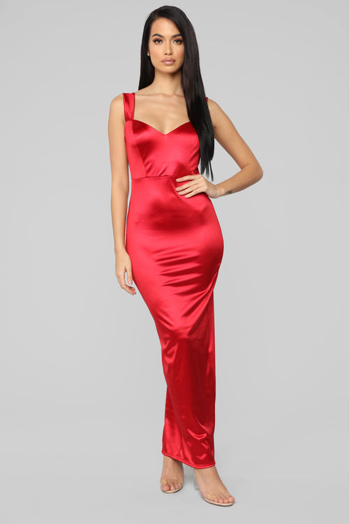 close up ready dress red