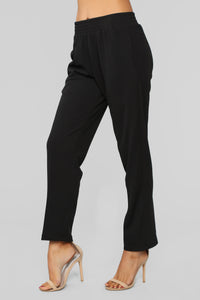 Don't Crepe My Style Pants - Black