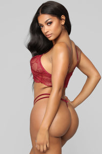 Former Flame Lace 2 Piece Set - Burgundy