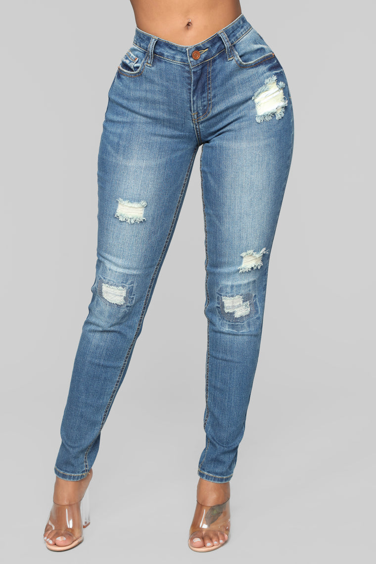 On The High Rise Ankle Jeans - Medium Blue Wash