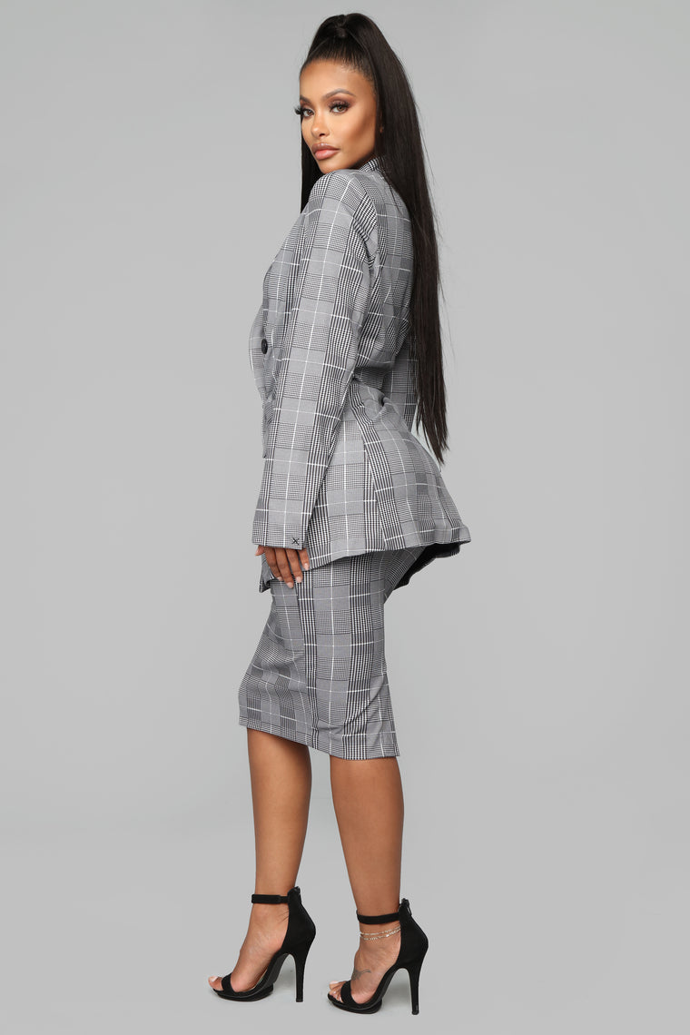 Late To Work Plaid Pencil Skirt - Grey/Black