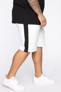 Retro Track Short - White/Black Angle 9