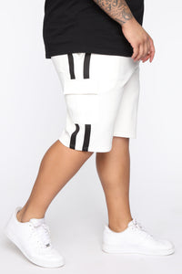 Post Cargo Short - White/Black Angle 9