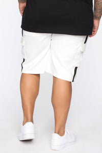 Post Cargo Short - White/Black Angle 11