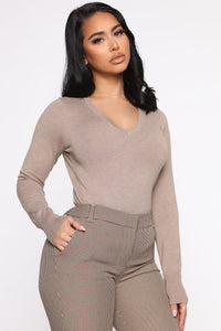 Keep It Classic V Neck Sweater - Taupe Angle 3
