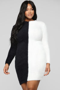 Side By Side Mini Sweater Dress - Black/White Angle 6