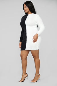 Side By Side Mini Sweater Dress - Black/White Angle 7