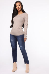 The Crew Neck Classic Sweater - Taupe Angle 2