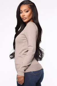 The Crew Neck Classic Sweater - Taupe Angle 3