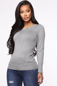 The Crew Neck Classic Sweater - Heather Grey Angle 1