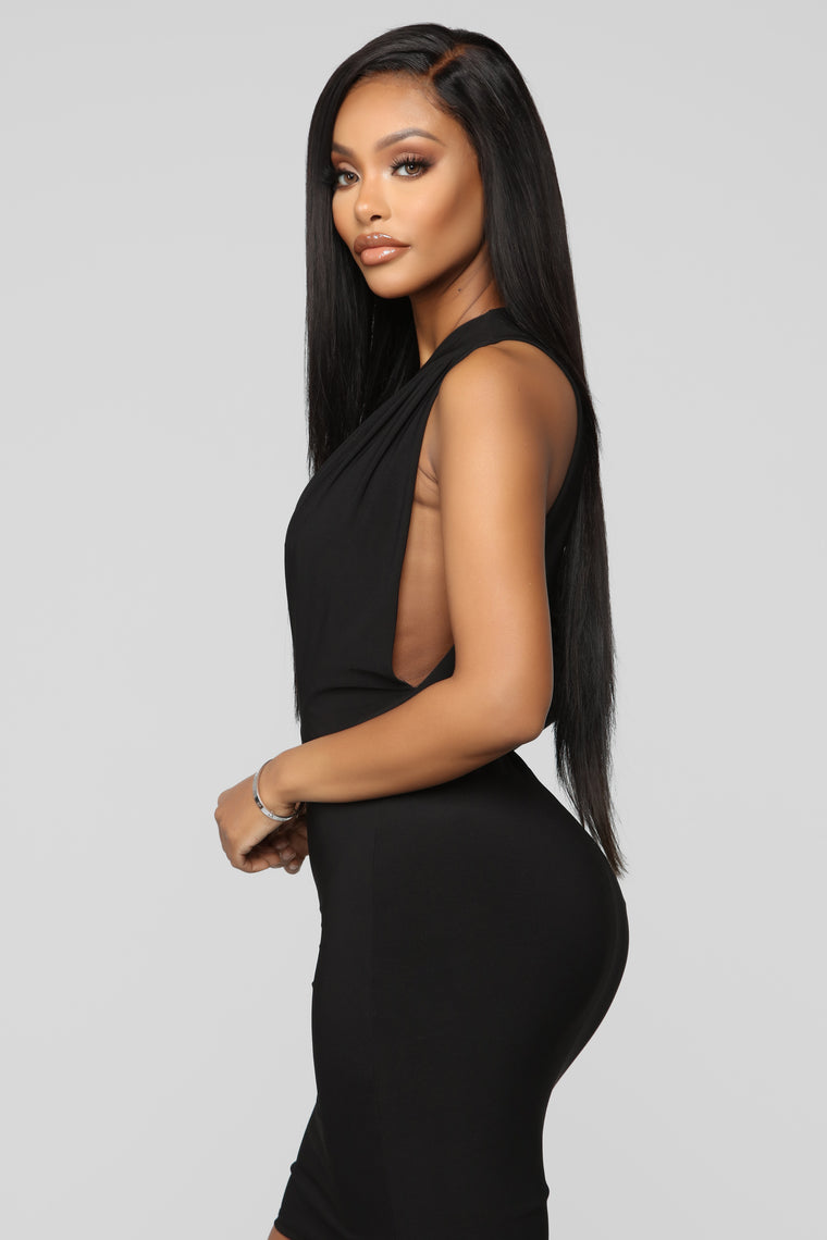 Cutting You Out One Shoulder Midi Dress - Black