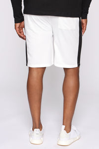 Retro Track Short - White/Black Angle 5