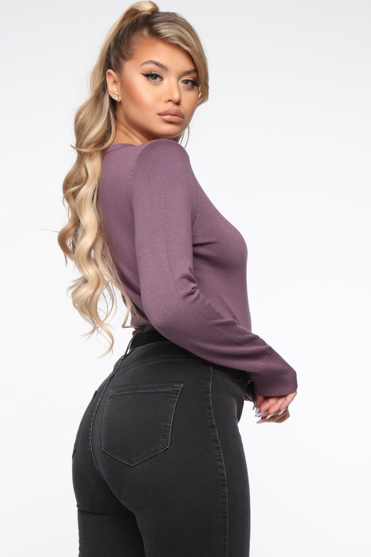 The Crew Neck Classic Sweater - Lavender