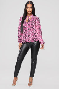 One On One Faux Leather Pants - Black