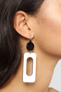 Rolling Down The Block Earrings - Black/White Angle 4