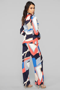 Abstract Point Of View Suit Set - Coral/Multi