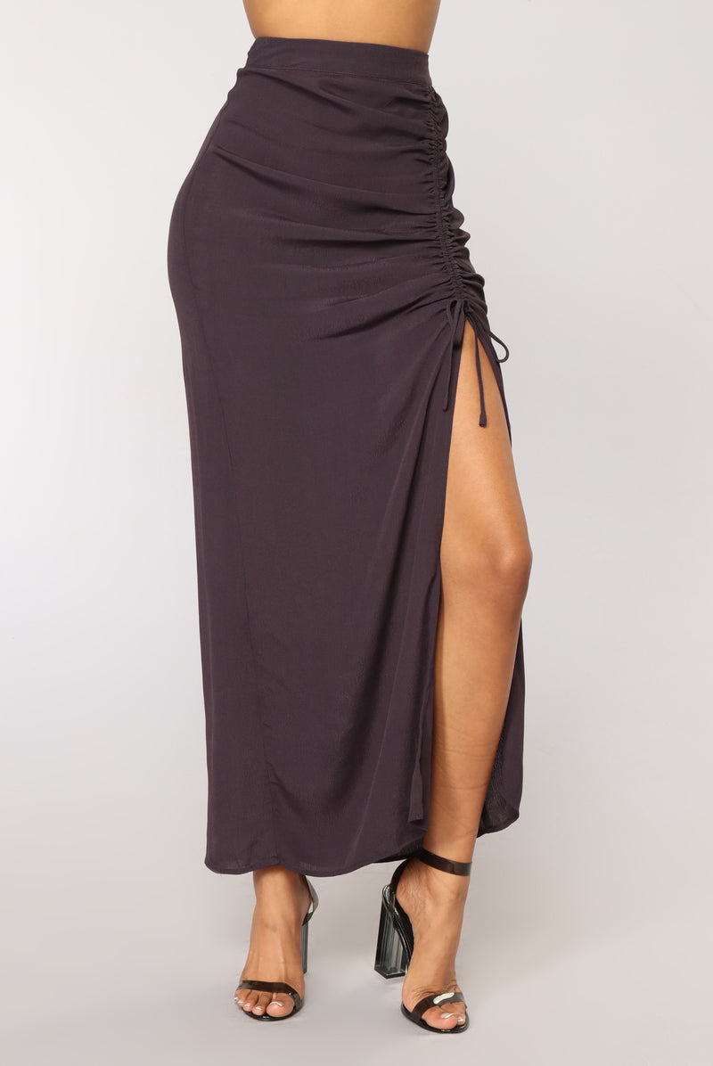 A Little Something Something Skirt - Charcoal