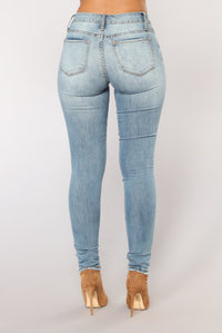 Rise Up Skinny Jeans - Medium Blue Wash