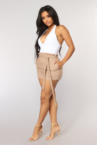 Killing It Paperbag Waist Shorts - Mocha