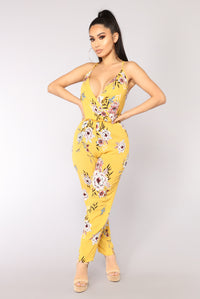 Vacation Days Floral Jumpsuit - Yellow