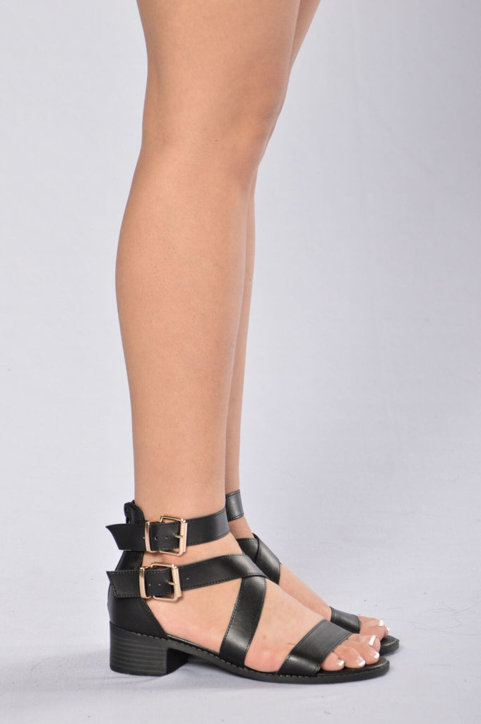 Poise Sandal - Black