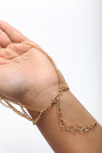 Giving You A Hand Chain - Gold