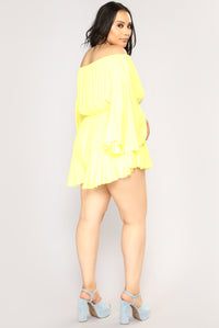 Camellia Off Shoulder Romper - Yellow