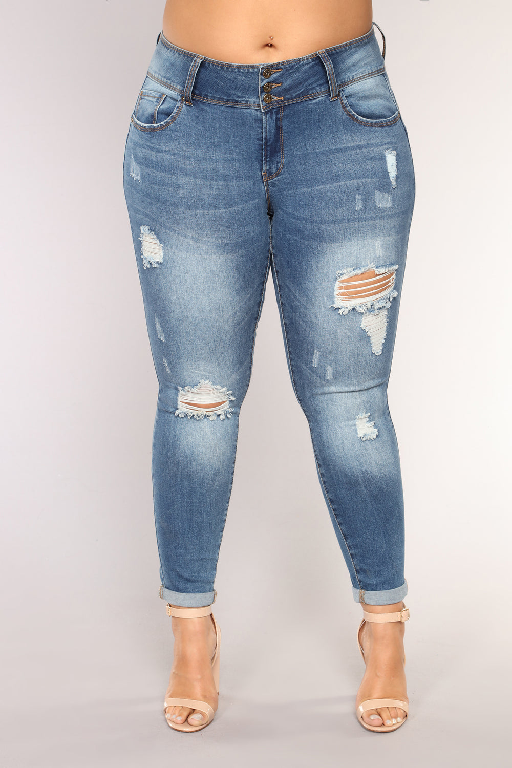 Turnin' More Heads Mid Rise Jeans - Medium Blue Wash