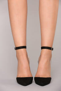 Babes Do It Better Heel - Black Angle 3
