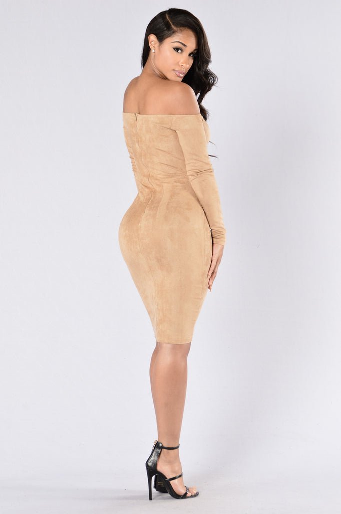 Perfect Illusion Dress - Taupe
