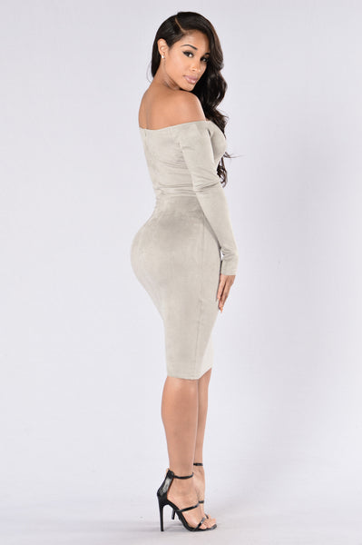Perfect Illusion Dress - Grey