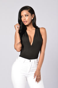 Put A Ring On It Bodysuit - Black Angle 2