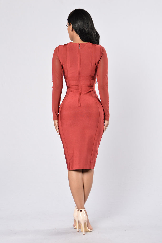 Kocktails Bandage Dress - Deep Red