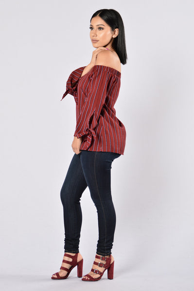 Between Us Top - Burgundy