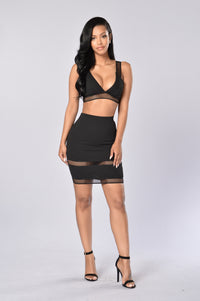 No Cover Skirt - Black