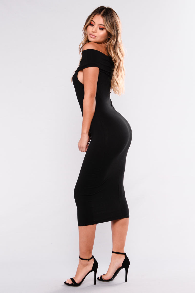 Mariam Off Shoulder Dress - Black