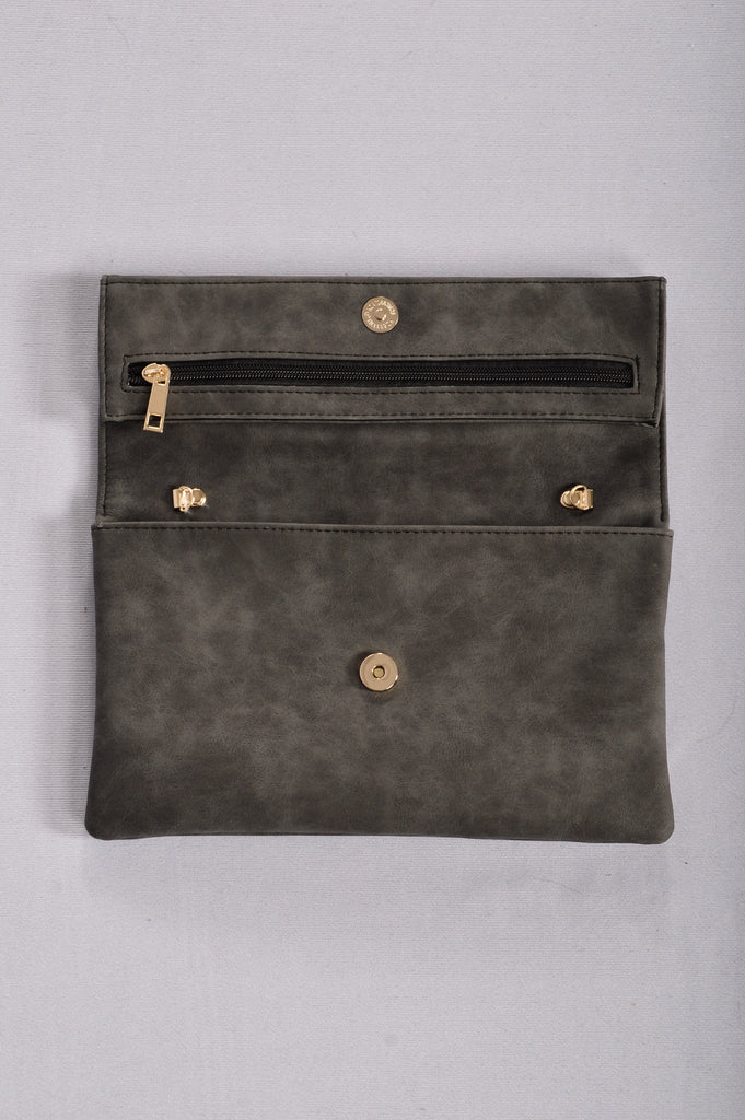 Anytime, Anywhere Clutch - Black
