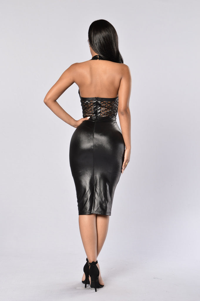 Exposed Dress - Black
