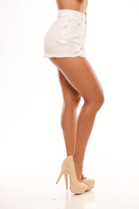 Worn & Torn Shorts - White