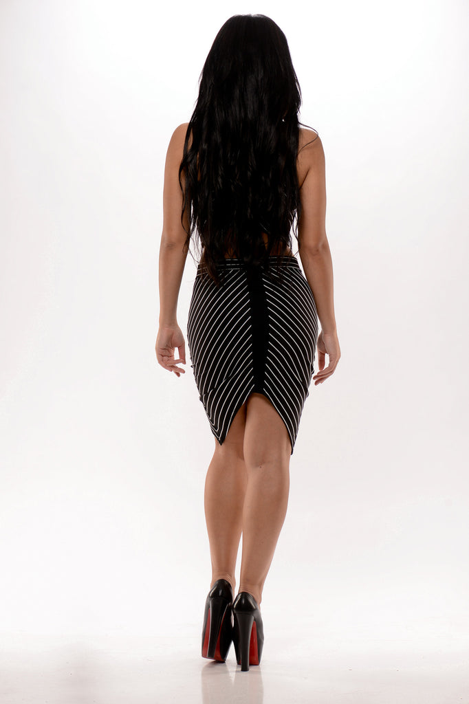 Down the Line Skirt - Black/White