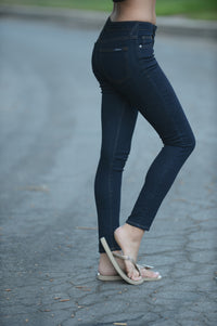 "9"" Rise Ankle Skinny Jeans - Black Angle 2"
