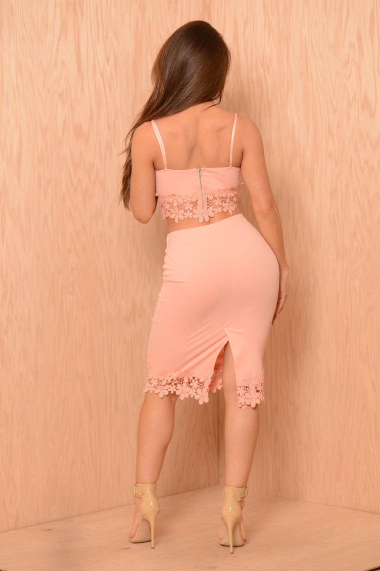 Trimmed Flowers Skirt - Peach