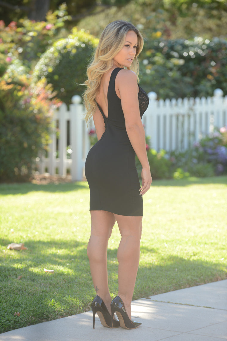 Such a Flirt Dress - Black