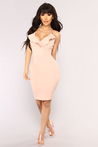 Elastic Heart Ruffle Dress - Blush