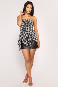 Teen Spirit Plaid Top - Black/White
